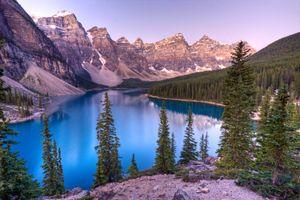 Заставки Lake Moraine,Canada,Озеро Морейн,Альберта,Канада,озеро,горы