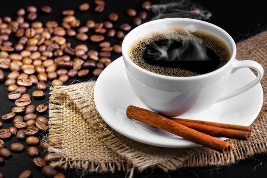 Горячий черный кофе · бесплатное фото