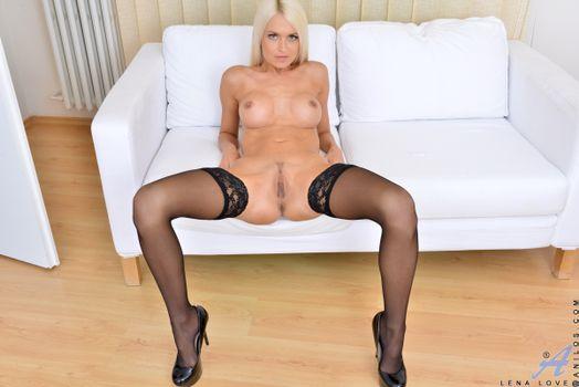 Бесплатные фото Lena Love,Lena,Lena G,Lina Love,Pam,красотка,голая,голая девушка,обнаженная девушка,позы,поза,сексуальная девушка