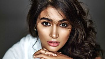 Photo free Pooja Hegde, the model, actress
