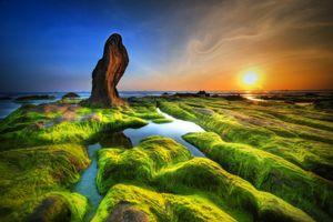 Заставки замшелые скалы, море, закат