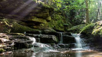 Фото бесплатно водопад, скалы, водоём, деревья, природа, пейзаж