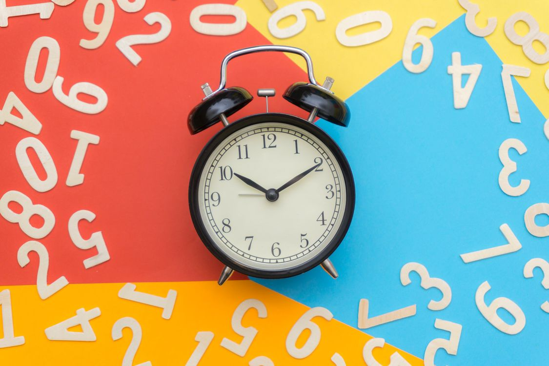 Фото бесплатно часы, цифры, будильник - на рабочий стол