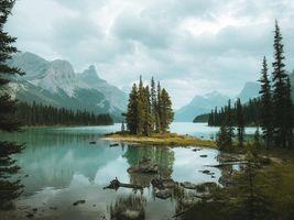 Бесплатные фото Maligne Lake,Остров Духа,Озеро Малинье,Национальный парк Джаспер,Spirit Island Jasper National Park,Альберта,Канада