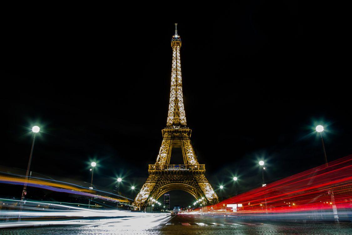 Эйфелева башня в Париже · бесплатное фото