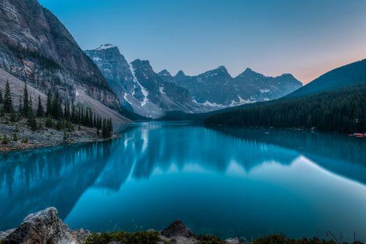 Фото бесплатно скалы, Озеро Морейн, пейзаж