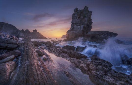 Фото бесплатно море, ночь, скалы