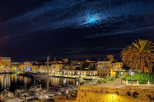 Бесплатные фото Alghero,Сардиния,Италия,город,ночь,ночные города