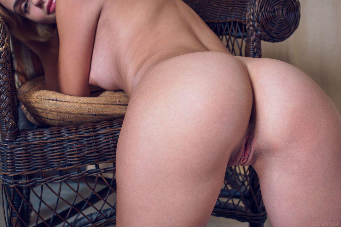 Фото бесплатно Ariel, Lilit A, красотка, голая, голая девушка, обнаженная девушка, позы, поза, сексуальная девушка, эротика, Nude, Solo, Posing, Erotic, фотосессия, эротика