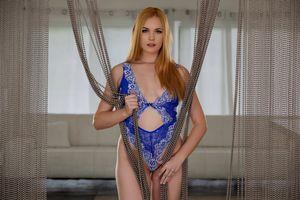 Бесплатные фото Bailey Rayne,синее белье,сексуальная девушка,beauty,сексуальная,молодая,богиня