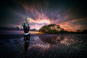 Бесплатные фото море,закат,берег,сумерки,гуманоид,фантазия,фантастика