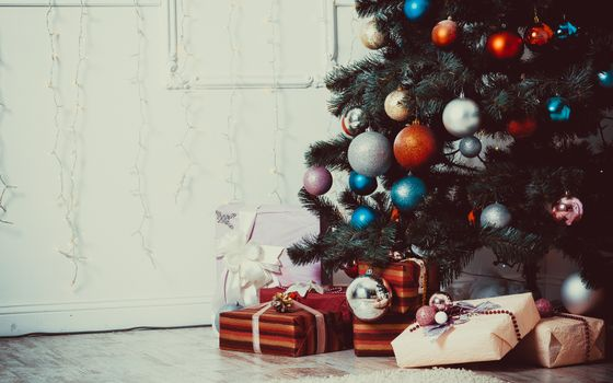 Бесплатные фото новый год,рождество,праздник,елка,украшения,игрушки,подарки