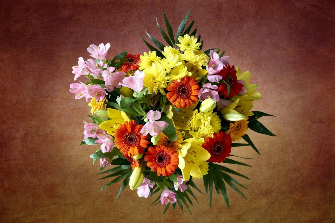 Фото бесплатно Красивый букет, букет, цветочная композиция, флора, цветы, цветок, цветочный, оригинальный, красочный, праздничный букет, цветы