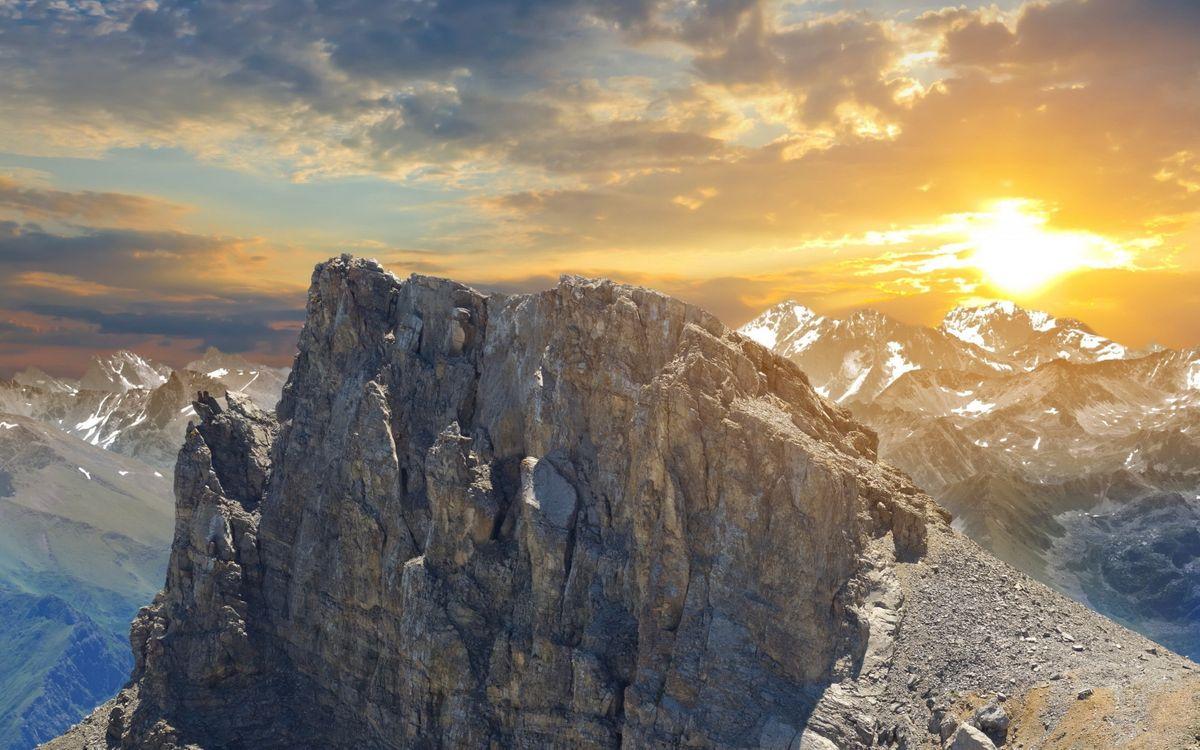 Photos for free snow, the sun, mountains - to the desktop