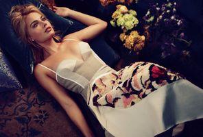 Photo free Margot Robbie, a white dress, lying