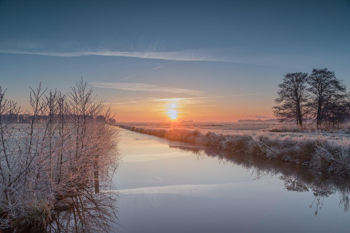 Free photo Blockland, Bremen, Germany, sunset, river, trees, field - to desktop