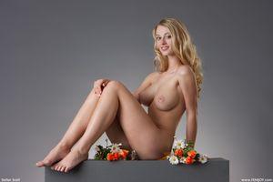 Фото бесплатно киска, кариша вишня, сексуальная девушка