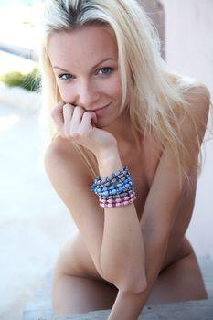 Фото бесплатно Молодая, голая, блондинка