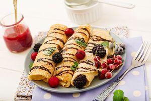 Бесплатные фото ягоды, блины, шоколад