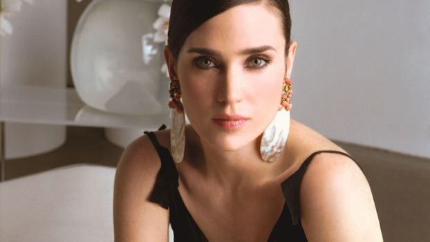Photo free Jennifer Connelly, brown hair, big earrings