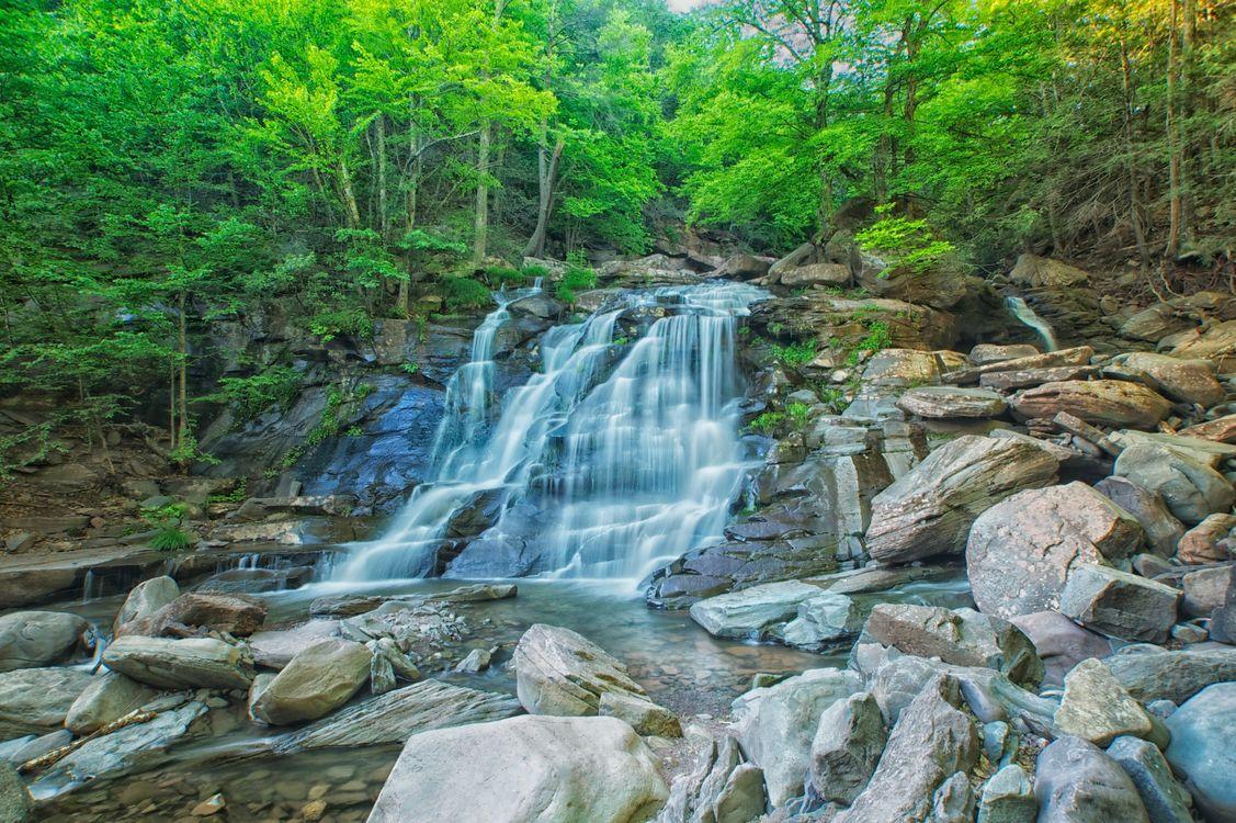 Фото бесплатно водопад, камни, лес, деревья, природа, речка, пейзаж, пейзажи
