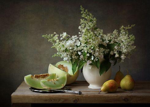 Бесплатные фото натюрморт,ваза,цветы,дыня,груши