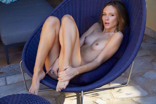 Бесплатные фото Мирабелла,голая,детка,мастурбация,сиськи,ню