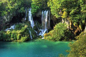 Фото бесплатно водопад, джунгли, лес, деревья, чистая вода, ручей, природа, река, водопады