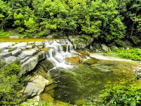 Заставки Taughannock State Park, Катаракта Taughannock Falls, водопад