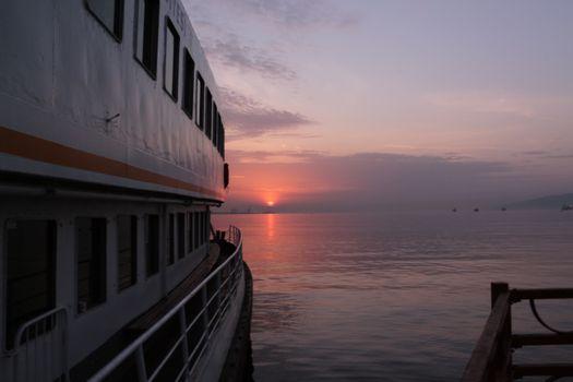 Заставки закат солнца,небо,восход,море,горизонт,облако,утро,воды,рассвет,смеркаться,вечер,спокойствие
