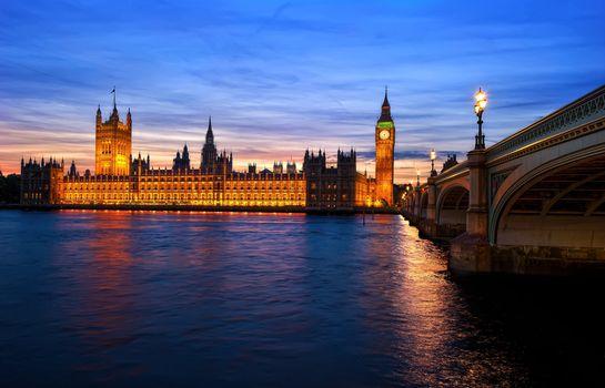 Заставки мост, Англия, вечер