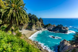 Бесплатные фото McWay Falls,пальмы,лето,солнце,Big Sur,California,Julia Pfeiffer Burns State Park