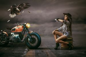 Photo free girl, motorcycle, eagle