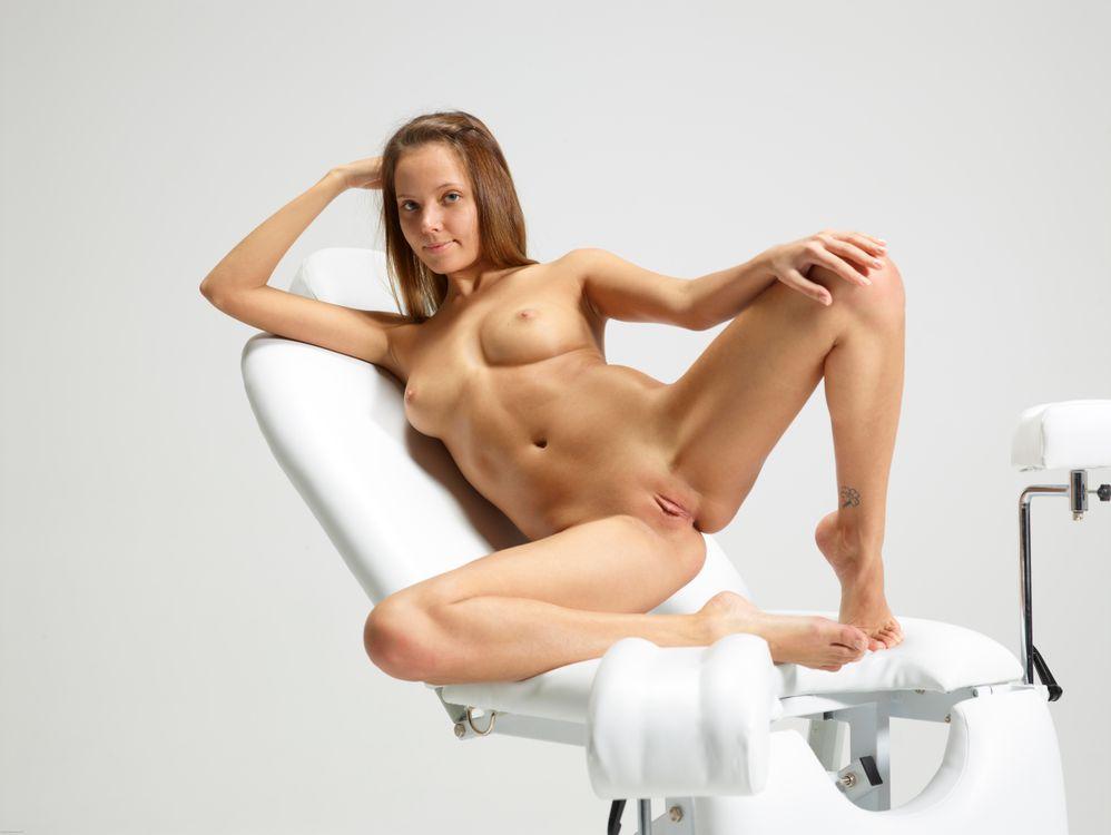Кресло гинеколога эротика картинки знаю