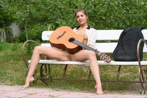 Фото бесплатно Kaitlin, красотка, голая, голая девушка, обнаженная девушка, позы, поза, сексуальная девушка, эротика, Nude, Solo, Posing, Erotic, фотосессия, sexy, cute, petite, young, goddess, pussy, beauty, сексуальная, молодая, богиня, киска, красотки, модель