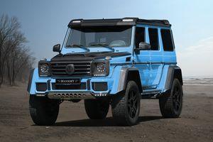 Голубой внедорожник Мерседес G-Class