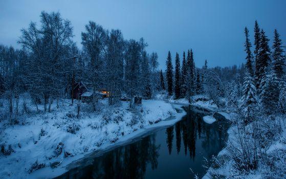 Бесплатные фото Alaska,зима,река,сумерки,лес,домик,свет,деревья,природа,пейзаж