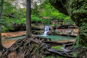 Бесплатные фото Upper Falls,Old Mans Cave,Hocking Hills State Park,Ohio,скалы,мост,водопад