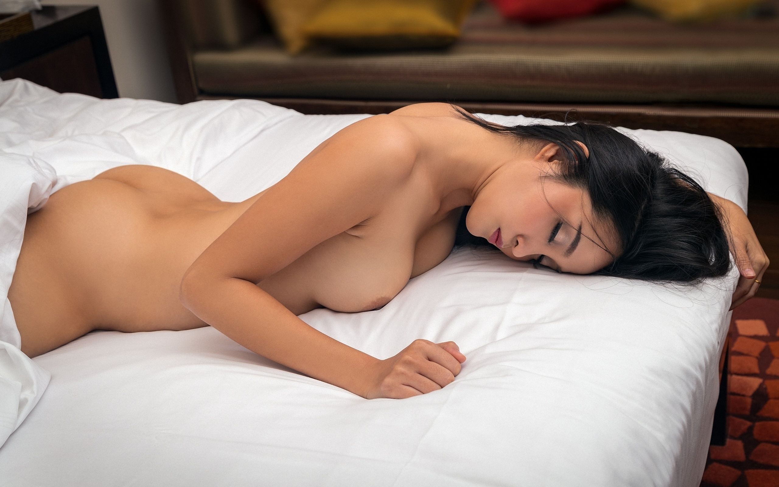 Naked sleeping lady 13