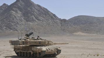 Фото бесплатно M1 Abrams, танк, убийца, пески, гора, военные, боевая машина