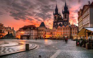 Бесплатные фото архитектура,здание,вечер,огни,городской пейзаж,облака,прага
