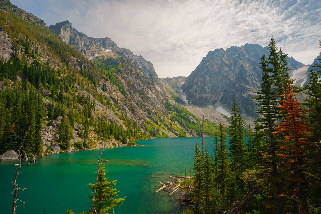 Фото бесплатно Colchuck Lake, Alpine Lakes, Leavenworth - на рабочий стол