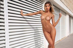 Фото бесплатно Клаудия, блондинка, голая
