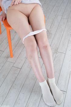 Фото бесплатно Rinne Mitsuoka, Голые ножки, трусики