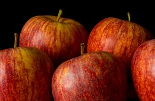 Яблоки крупным планом · бесплатное фото