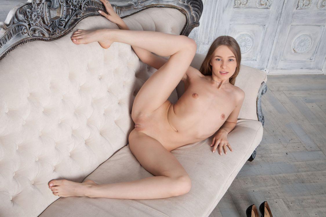 Фото бесплатно Nimfa, красотка, голая, голая девушка, обнаженная девушка, позы, поза, сексуальная девушка, эротика, Nude, Solo, Posing, Erotic, фотосессия, эротика