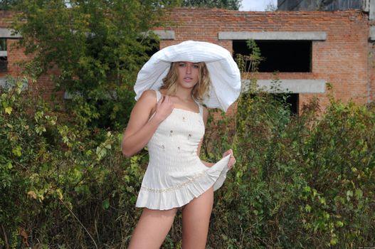 Фото бесплатно Kitty B, красотка, голая, голая девушка, обнаженная девушка, позы, поза, сексуальная девушка, эротика, Nude, Solo, Posing