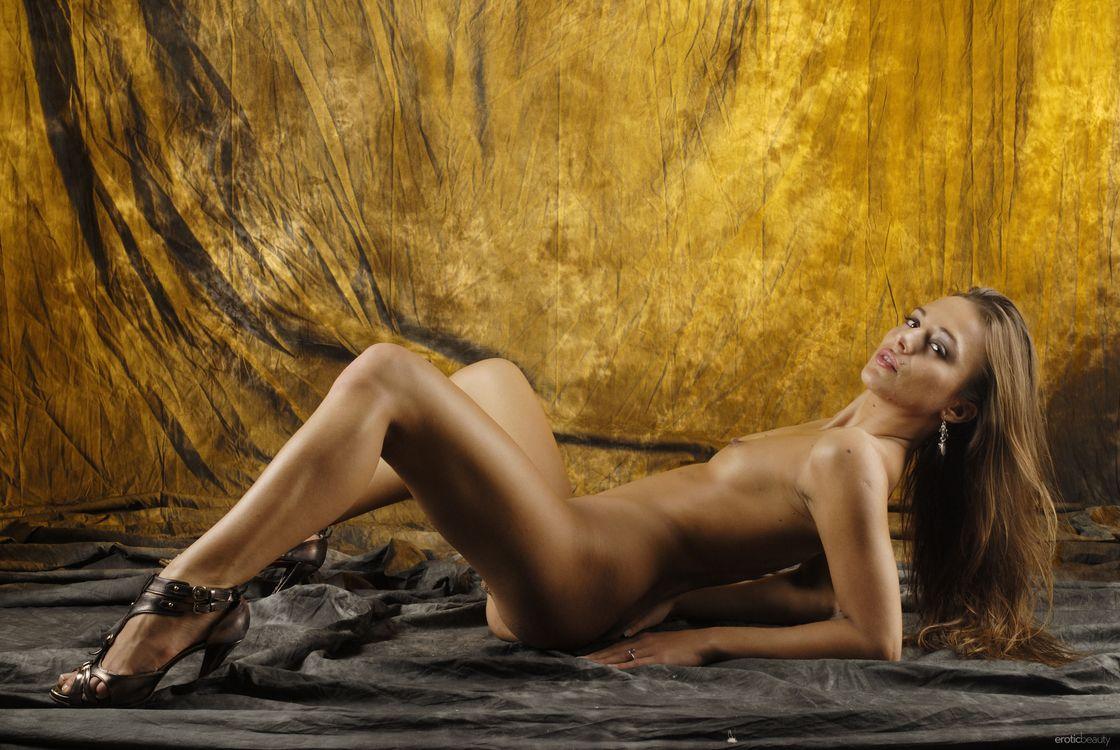 erotika-fotomodeli-dominika