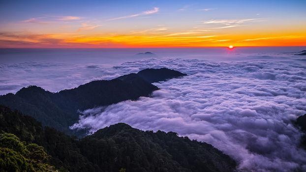 Бесплатные фото Море облаков,Облачное море,Гора ХеХуан,Тайвань,закат,пейзаж