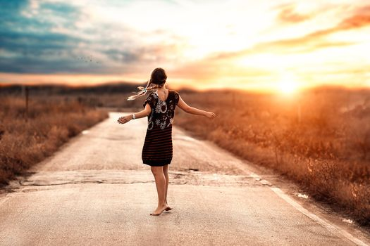 Photo free road, sunlight, women